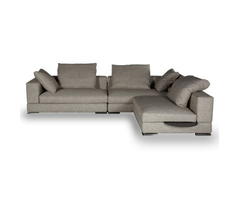 Regodue Medium Sectional Sofa
